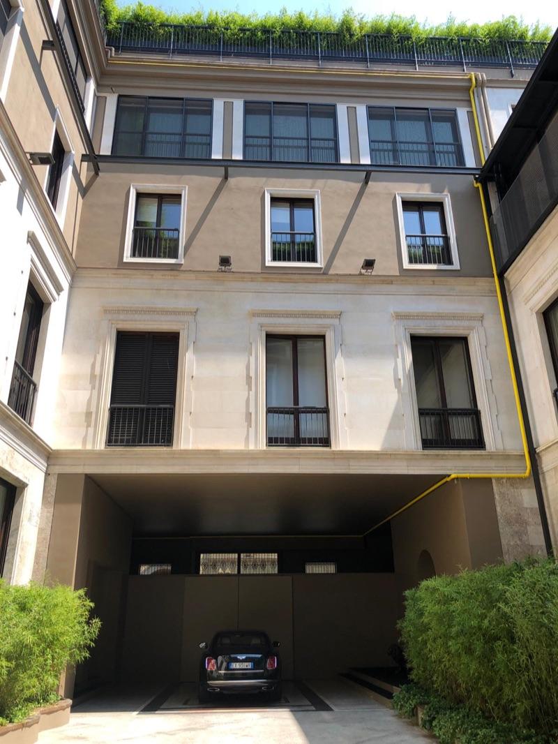 edifcio  Borgonuovo 21 Milano 2